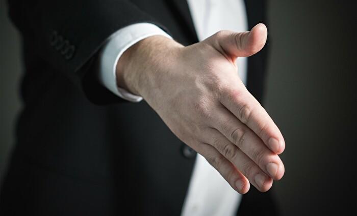 握手 イメージ